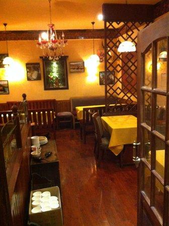 XueYu Restaurant: Interni snowland