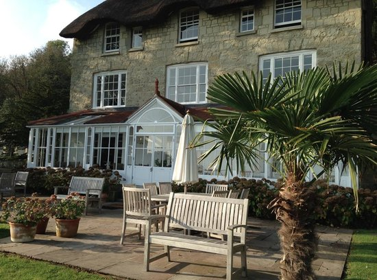 Hillside Hotel: The sunlit terrace - perfect for reading and aperitifs