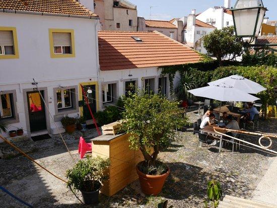Casa do Patio by Shiadu: Patio - Frühstück im Innenhof