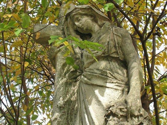 Harrisburg Cemetery: More Peaceful Angels