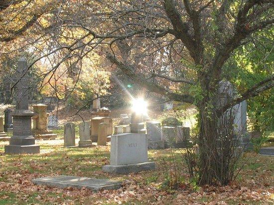 Harrisburg Cemetery: Peaceful