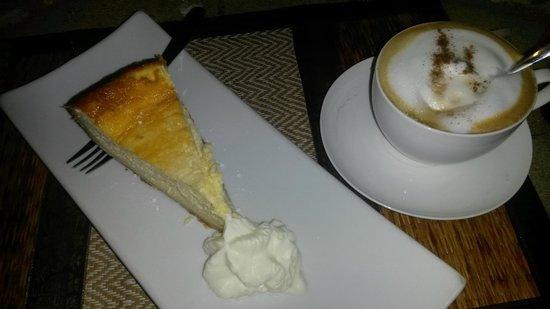 """Bavaria House Khao Lak - Bang Niang: ...der Käse-Kuchen nach Mamas Rezept !! """"Hammer"""""""