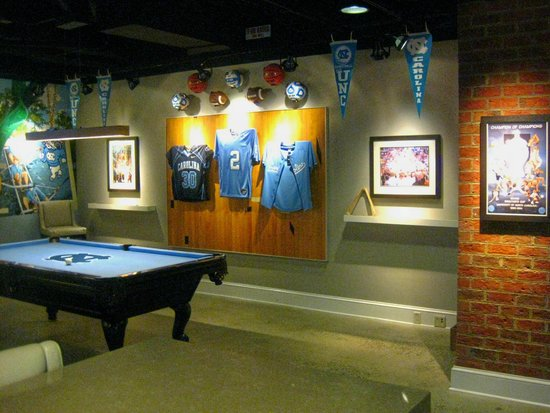 Rizzo Conference Center: UNC Themed Sport Bar & Lounge