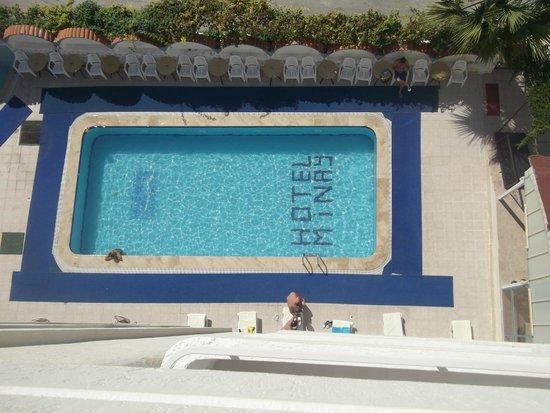 Hotel Minay: Pool from the balcony