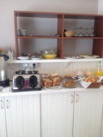 Hotel Milano : Café muito simples
