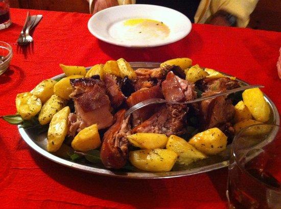 Agriturismo Rena: roast pork