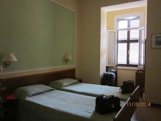 Igea Hotel : habitación comoda