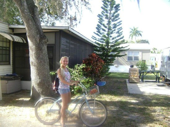 Groves RV Resort : The house we rented on the resort