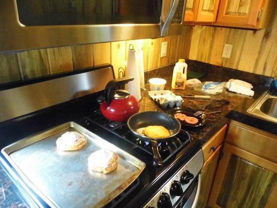 Izaak Walton Inn : Breakfast in the Caboose Kitchen