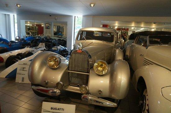 Museu Nacional de l'Automobil: В музее