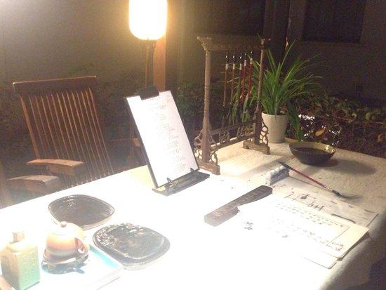 Landison Hotel Zhoushan: Writing desk