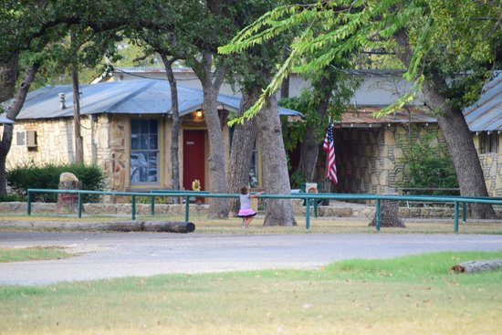 Cabin picture of oakdale park glen rose tripadvisor for Cabins near glen rose tx