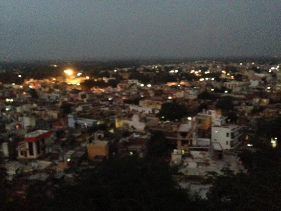Barbet Tourist Complex Motel: Evening view of Sohna