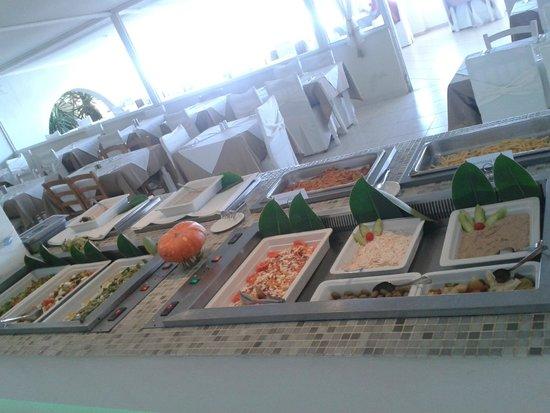 Mediterranean Beach Resort: food