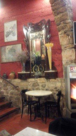 Restaurant Curia Reial SL. : Besalú