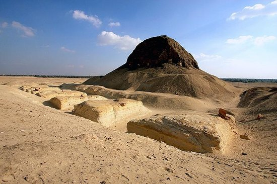 Al Fayyum Governorate, Αίγυπτος: Lahun Pyramid