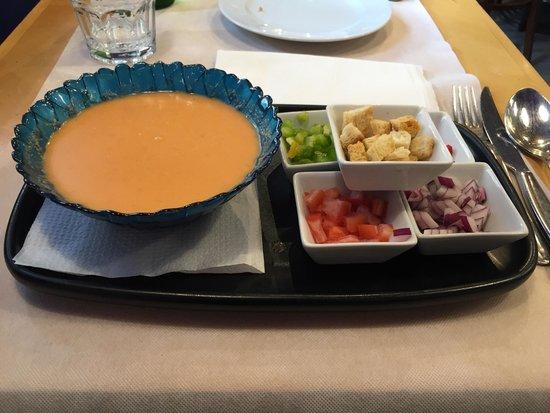 Hostal Boqueria: Gazpacho andalous