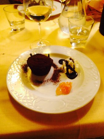 Ristorante Taverna Delle Logge: fondant au chocolat