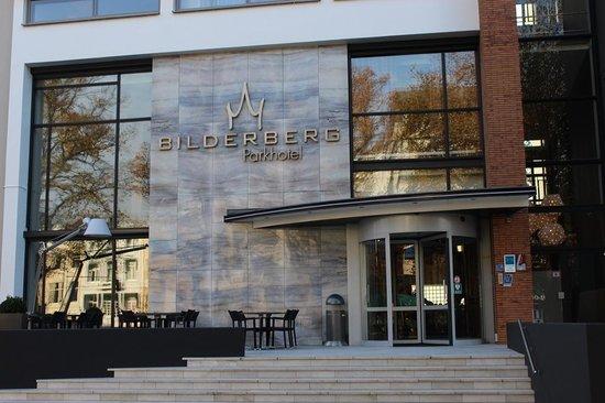 Bilderberg Parkhotel: Voorgevel
