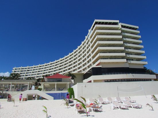 Crown Paradise Club Cancun - October 26, 2014