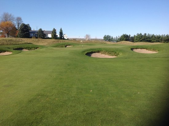 Springfield, Canada: approach to the green