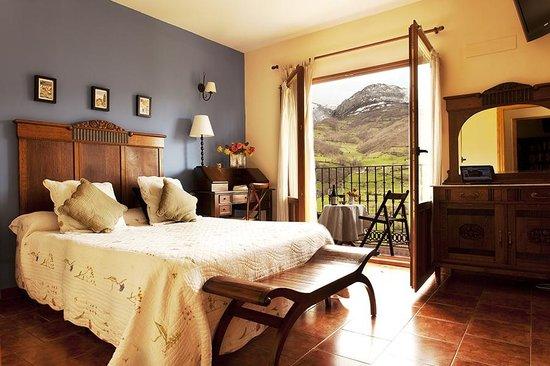 Hotel Rural Fuentes de Lucia: Bedroom - Fuentes de Lucia YOGA RETREAT
