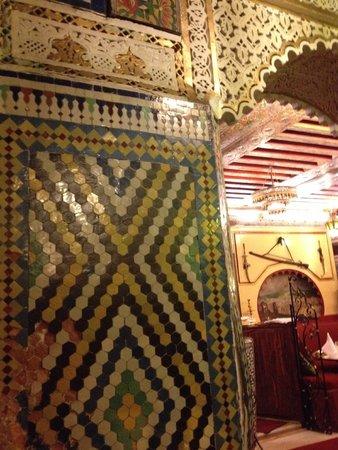 Restaurant Le Maroc : Beautiful mosaic tiles
