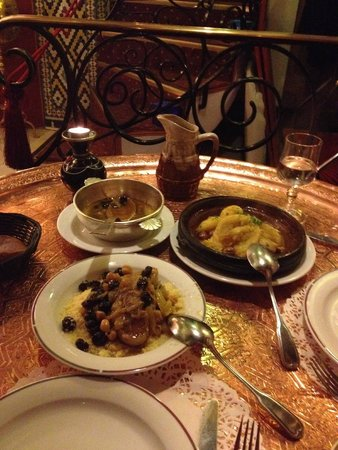Restaurant Le Maroc : Lemon Chicken Tagine and specialty Couscous with lamb