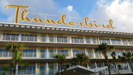 Universal S Cabana Bay Beach Resort The Thunderbird