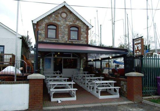 Dockyard No. 8: The Cafe