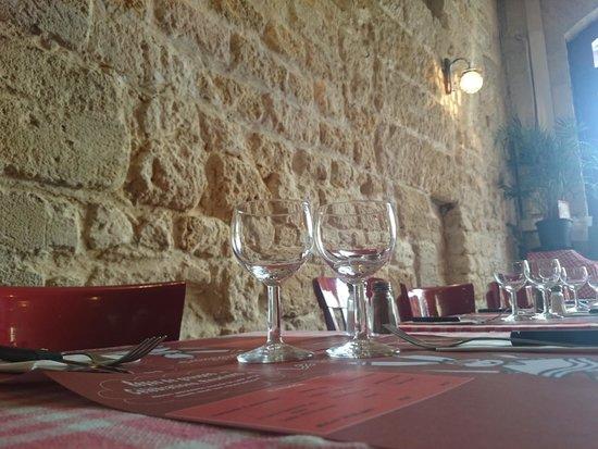 Le Raboliot : mur en pierre