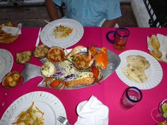 El Palomar de los Gonzalez : Seafood platter take one