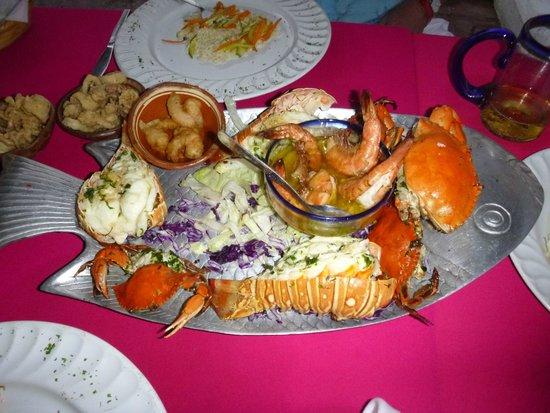 El Palomar de los Gonzalez : Seafood platter take two
