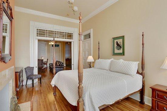Grenoble House: Bedroom, One bedroom King Suite