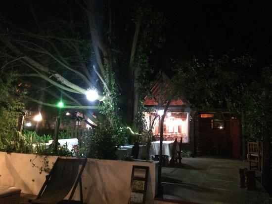 Jard n principal fotograf a de casa del sol restaurant for Jardin principal