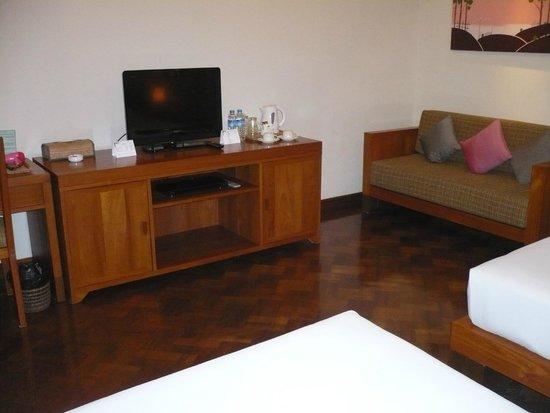 Thingaha Hotel : 広い部屋