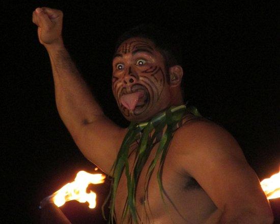 Aulii Luau: Dance featuring New Zealand influence