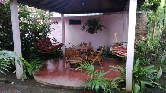 Hotel Kekoldi Granada: Courtyard