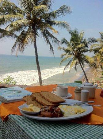 Luna Azul: Breakfast with a view!!