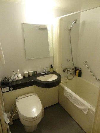 Hotel Comsoleil Shiba Tokyo: Bathroom