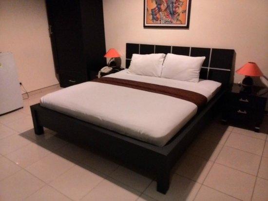 Puri Chorus Hotel : Kamar