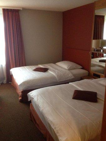 Movenpick Hotel Egerkingen: Schlafbereich