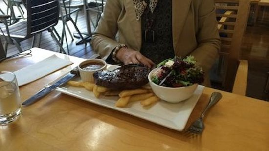 Orchards Restaurant & Bar: Steak lunch