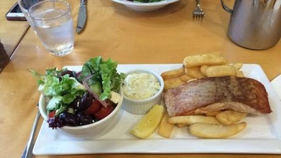 Orchards Restaurant & Bar: Salmon lunch