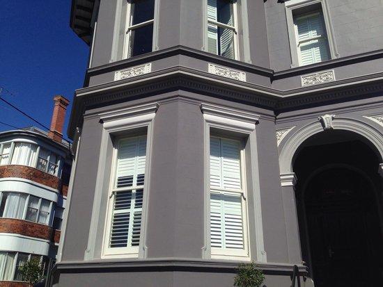 Ballarat Premier Apartments : Front