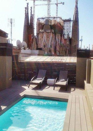 Sensation Sagrada Familia: Rooftop kidspool
