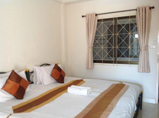 Varada Place: Room