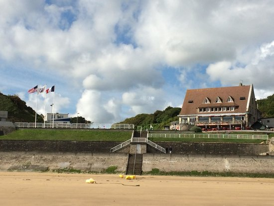 Hôtel du Casino : Looking up at the hotel from Omaha Beach