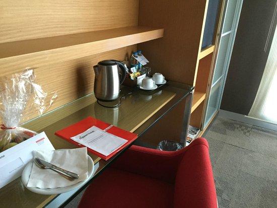 Nippon Hotel : Work area.