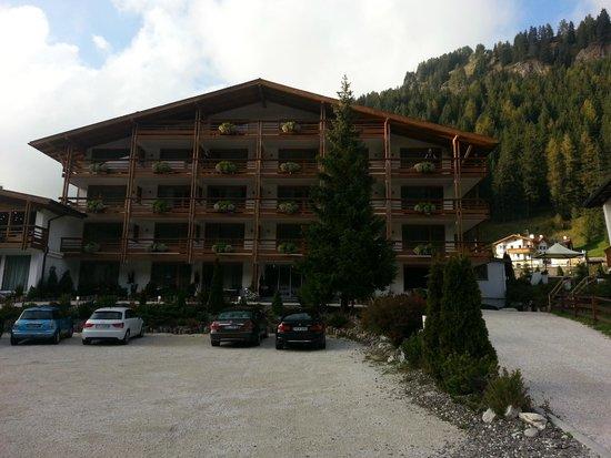 ArtHotel Anterleghes: Hotel